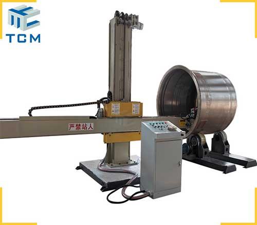 Steel tank automatic polishing machine